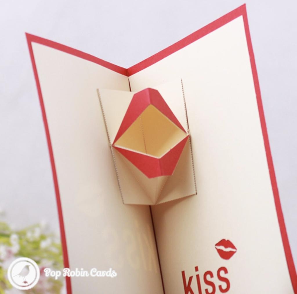 moving kiss handmade 3d pop up card  pop robin cards uk